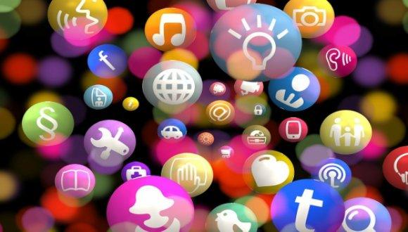 אתם יכולים לצאת מן הרשת החברתית, אבל האם אי פעם תוכלו לעזוב?