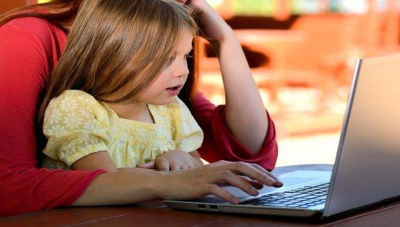 הורים, מורים ותלמידים - פרטיות באתרי רשתות חברתיות
